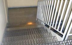 policzkowe-stopnie-blacha–aluminiowa