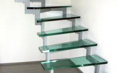 schody-wewnętrzne-stopnie-szklane
